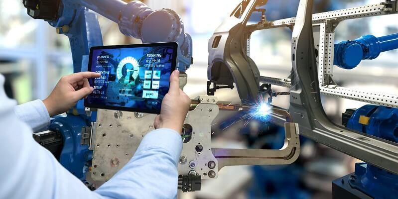 Fujitsu zeigt die IoT Trends der Industrie für 2018